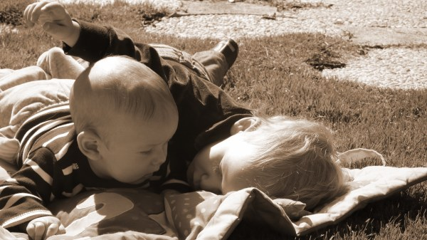 Pequeños bebes sephia