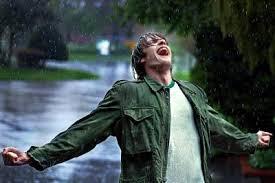Bajo lluvia